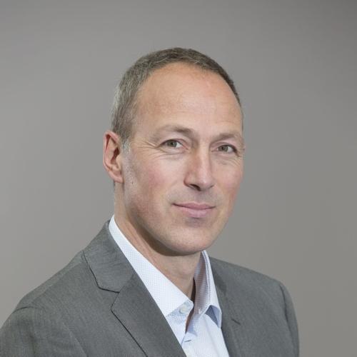 Neurochirurg Robert Hes